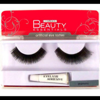 clicks beauty essentials dramatic false lashes