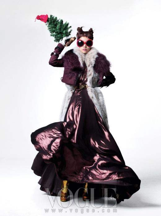 Christmas-Editorial-Vogue-Korea-December-2010-10