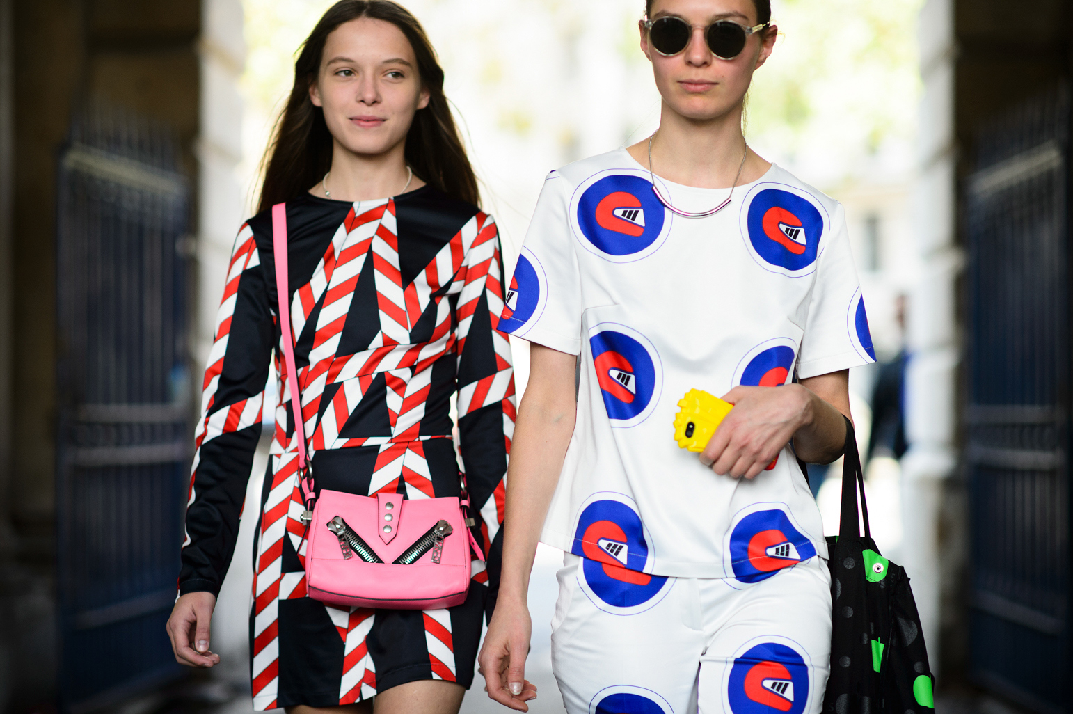 london-spring-2015-street-style-day-1-12-w-mag2