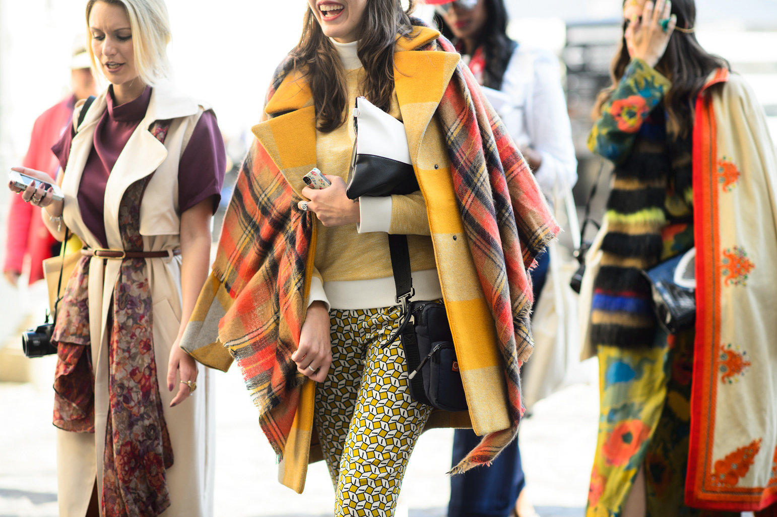 london-spring-2015-street-style-day-1-15-w-mag5