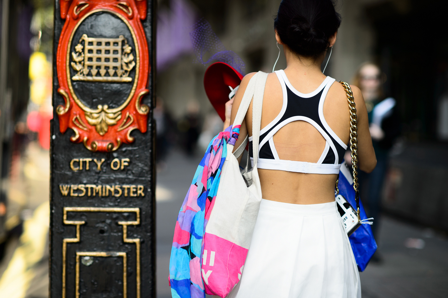 london-spring-2015-street-style-day-1-16-w-mag7
