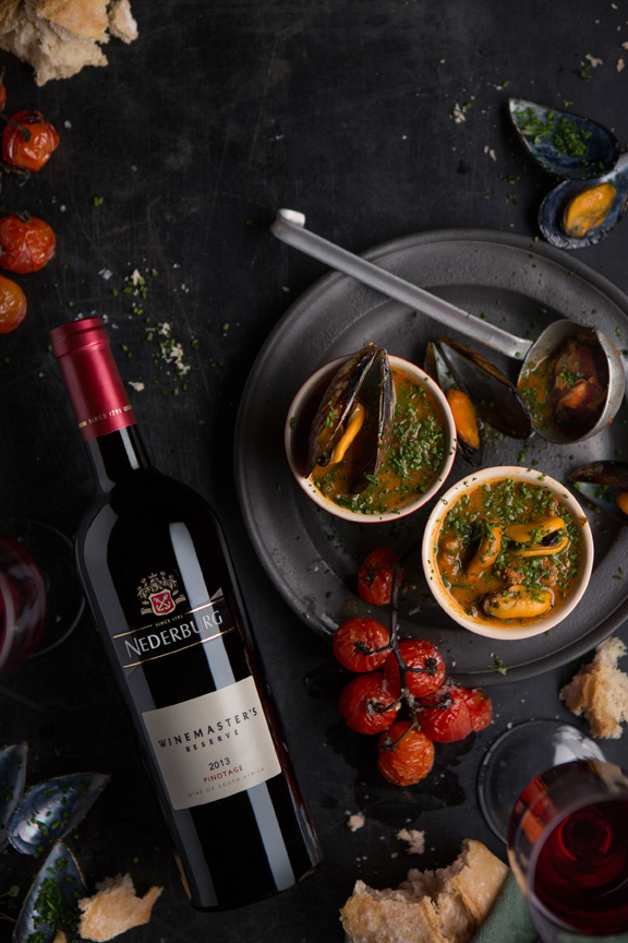Mussel & red wine soup, with Nederburg WMR Pinotage LR