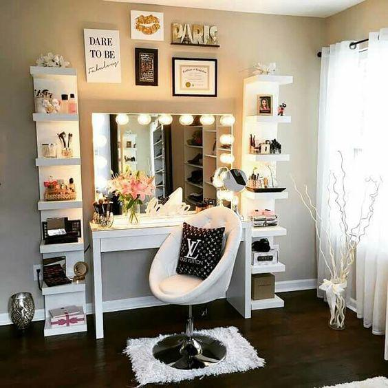 Beauty room decor ideas from pinterest fashionjazz for Bedroom ideas on pinterest