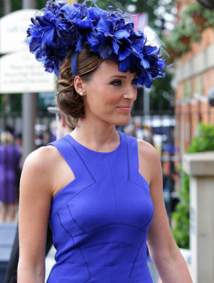 45e9d770-f6c5-11e3-9da0-13b986a2eca2_Royal-Ascot-2014-hats-blue